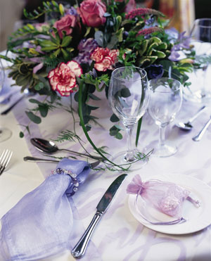 Tranquil lilac table setting